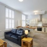 Windsor Accommodation | Serviced Apartments with Windsor Castle View | Short Let Accommodation | Holiday Accommodation UK | NO FEES - FREE Wifi - BOOK NOW | Urban Stay