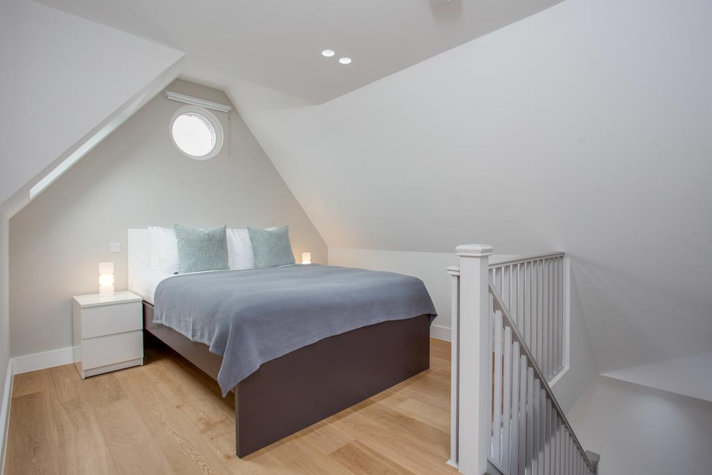 Angel-Serviced-Apartments-London- -Modern-Accommodation-Angel-Islington- -Self-Catering-Accommodation-London- -Award-Winning-&-Accredited- -BOOK-NOW