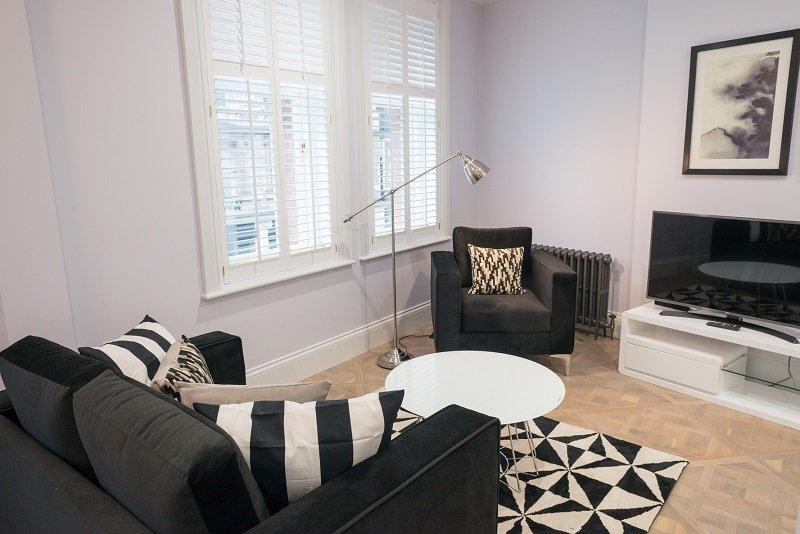 Shaftesbury-Avenue-Apartments-London--Short-Let-Flats-Soho-|-UrbanStay