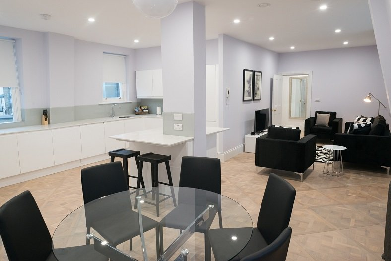 Shaftesbury-Avenue-Apartments-London-| Short-Let-Apartments-Soho,-West-End,-Piccadilly-Circus,-Oxford-Street-|-Cheap-&-Luxury-Accommodation-|-BOOK-NOW---Urban-Stay