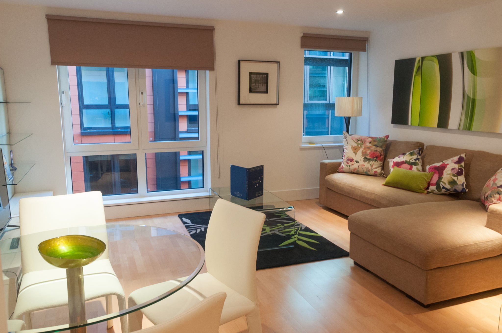 Southwark-Serviced-Accommodation-London-|-Cheap-Sir-John-Lyon-House|-Free-Wi-Fi-|-Fully-Equipped-Kitchen-|-Book-Now-|0208-6913920