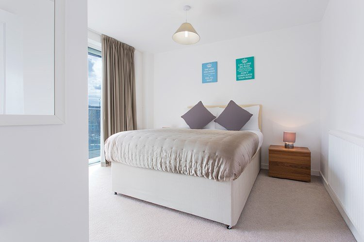 Limehouse-Serviced-Apartments-London-|-Luxury-Accommodation-Canary-Wharf-|-Short-Lets-Apartments-London-|-Award-Winning-&-Quality-Accredited-|-BOOK-NOW