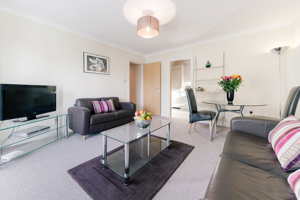 Serviced-Accommodation-Wimbledon-|-Serviced-Apartments-West-London-|-Short-Let-Accommodation-Wimbledon-Tennis-|-Award-Winning--Quality-Accredited-|-BOOK-NOW