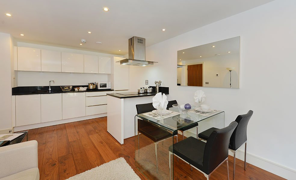 Visiting-London-soon?-Check-out-St-James-Park-Apartments!-It's-the-ideal-Central-London-Accommodation-near-Big-Ben,-Buckingham-Palace-&-London-Eye!-Book-now