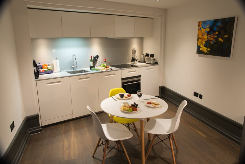 Covent-Garden-Accommodation-London-|Serviced-Apartments-Soho,-West-End,-Somerset-House,-Oxford-Street-|Cheap-&-Luxury-Short-Lets-London-|-BOOK-NOW---Urban-Stay