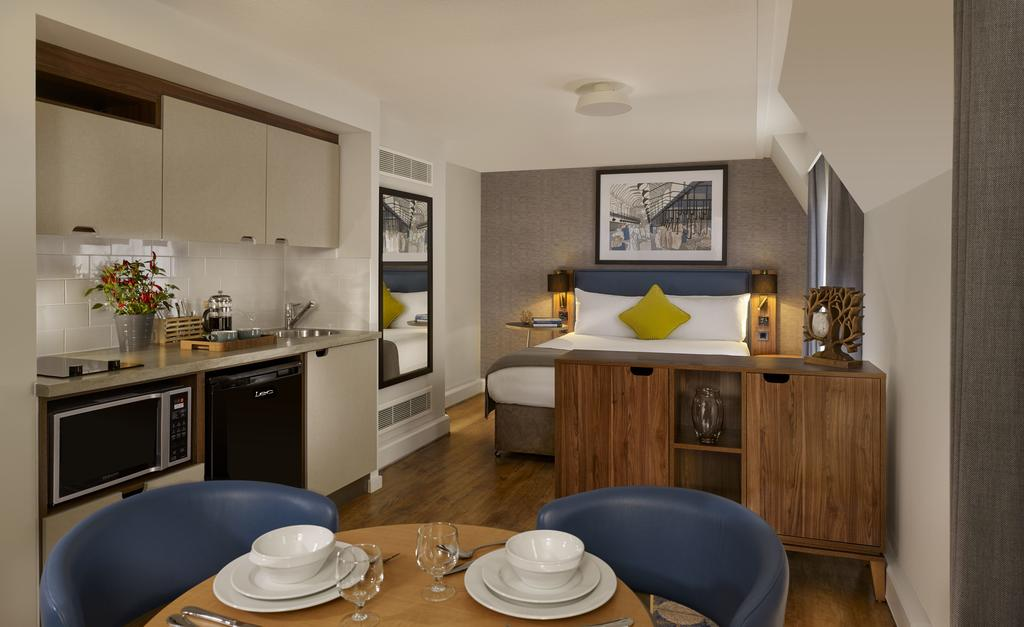 Looking-for-accommodation-in-The-City-of-London?-our-Barbican-Serviced-Apartments,-Goswell-Road-Aparthotels-are-available.-Book-today-for-great-rates.