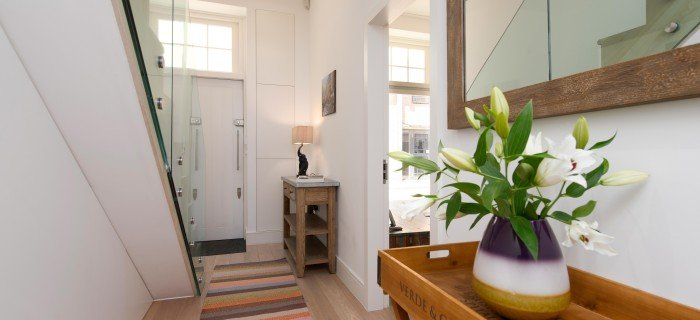 Looking-for-affordable-apartments-to-book-in-Bloomsbury-Russell-Square?-book-our-Russell-Square-Shortlets-today-for-great-rates.