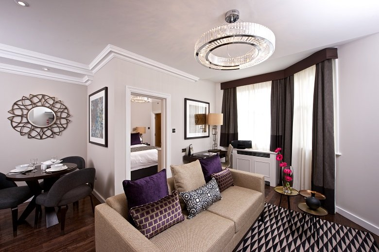 Kensington-Corporate-Accommodation-Central-London-|Stylish-Short-Let-Apartments-|-Free-Wifi-|-Fully-Equipped-Kitchen-|-|0208-6913920|-Urban-Stay