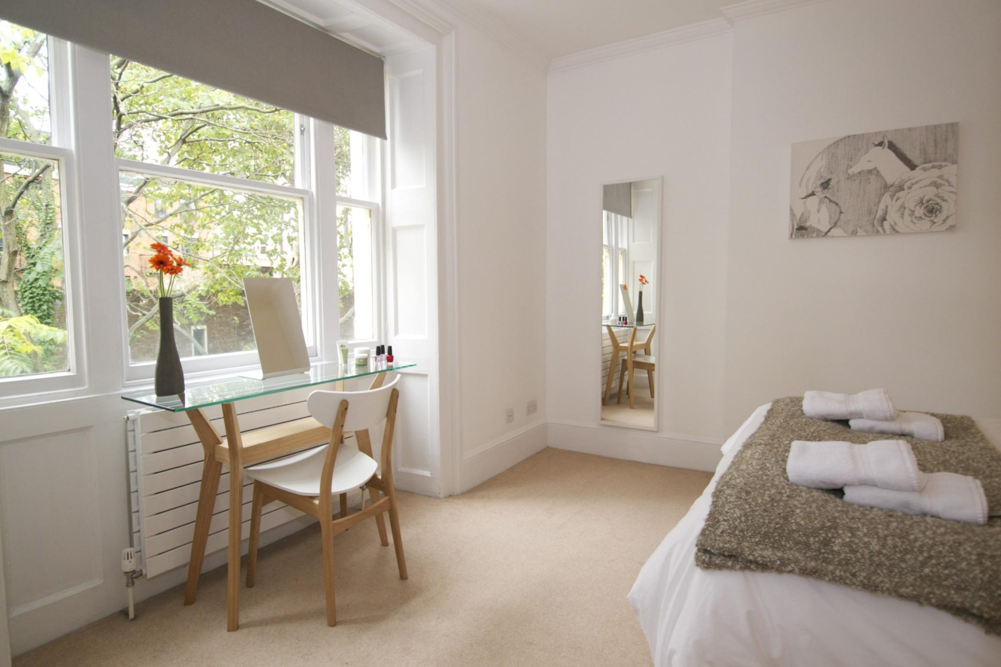 Looking-for-affordable-apartment-in-the-West-End?-why-not-book-our-Goodge-Street-Apartments-just-off-of-Bloomsbury-Street?-Call-today-for-the-best-rates