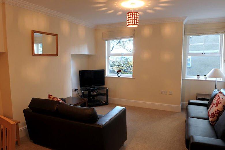 Richmond-Serviced-Apartments-London---Kings-Road-London-|-Urban-Stay