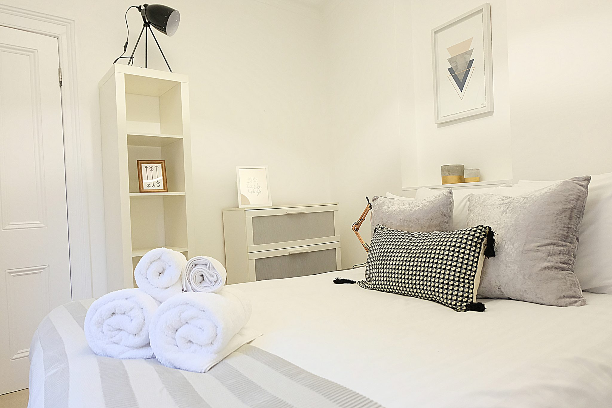 Luxury-Townhousescentral-London-Oxford-Street-Mansions-Short-Let-Serviced-Accommodation-Tottenham-Court-Road-Urban-Stay-17