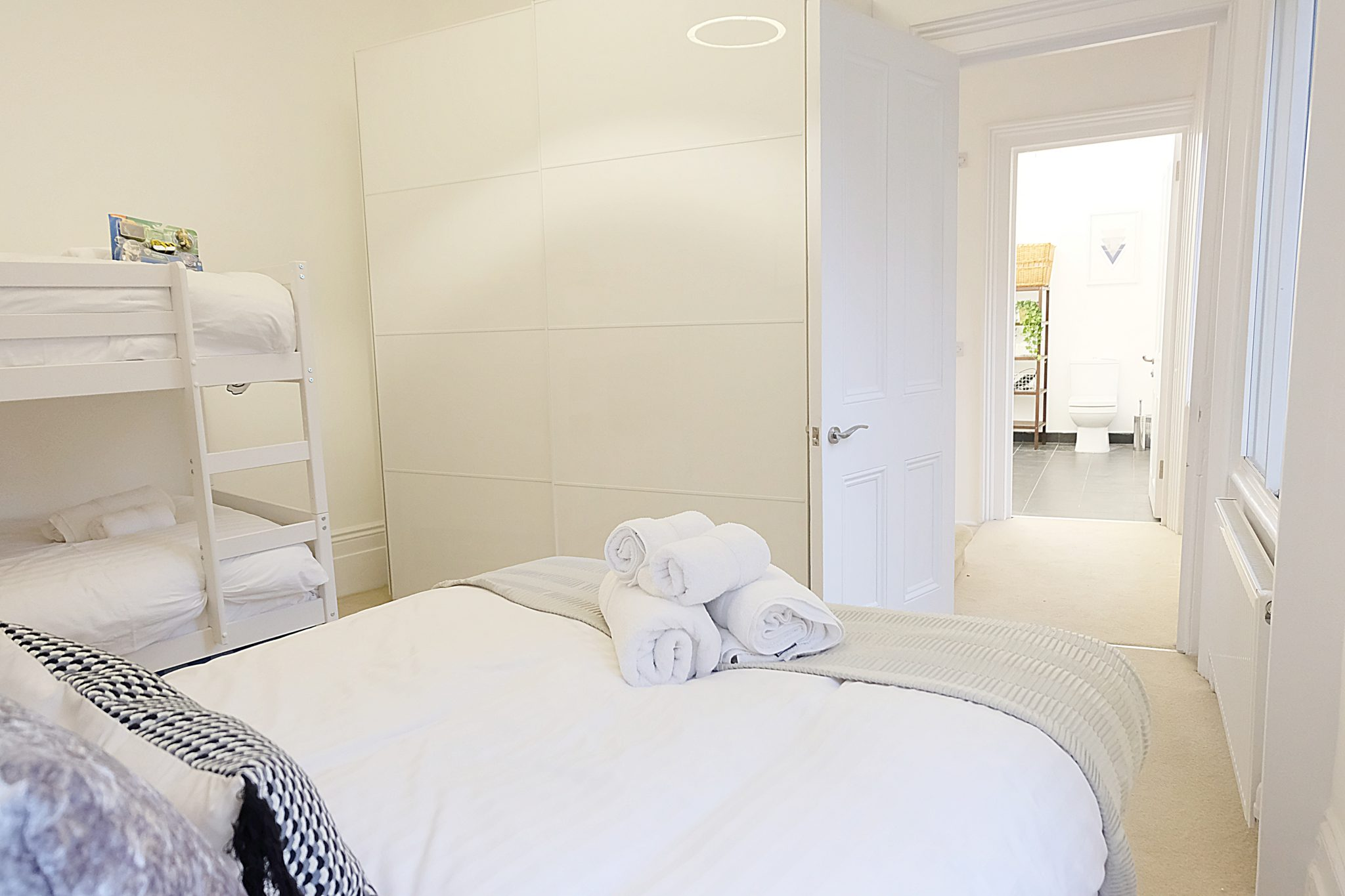 Luxury-Townhousescentral-London-Oxford-Street-Mansions-Short-Let-Serviced-Accommodation-Tottenham-Court-Road-Urban-Stay-20
