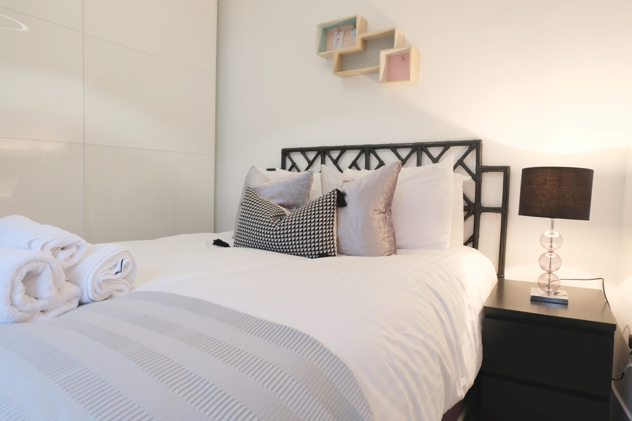Luxury-Townhousescentral-London-Oxford-Street-Mansions-Short-Let-Serviced-Accommodation-Tottenham-Court-Road-Urban-Stay