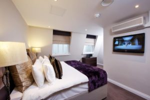 Looking for luxury accommodation in Kensington? why not book our lovely South Kensington Shortlets Apartments at Queens Gate Gardens today for great rates.