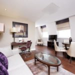 Serviced Accommodation South Kensington | 5 star short Let Apartments | Air Con| 24h reception | Fully equipped kitchen