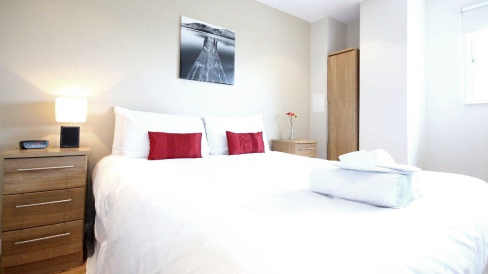 Looking to book luxury accommodation in Canary Wharf? Why not book our Canary Wharf Luxury Apartments at Boardwalk Place today for great rates.