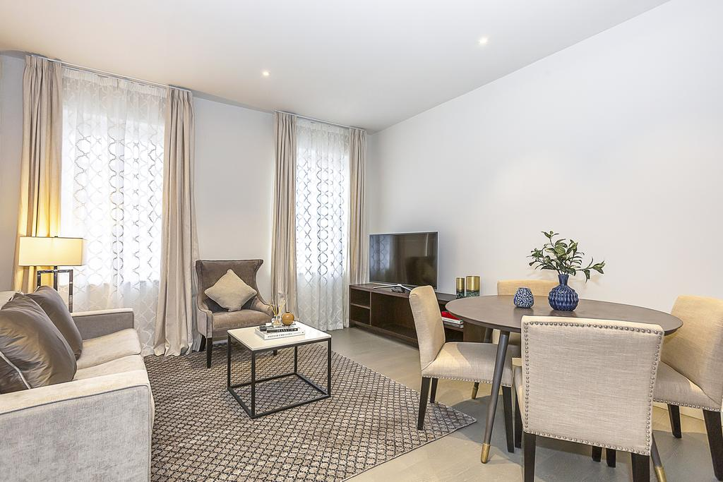 Looking-for-Luxury-Accommodation-in-West-London,-Kensington?-Book-our-lovely-Kensington-Shortlet-Apartments-London-today-with-Urban-Stay-for-great-rates.