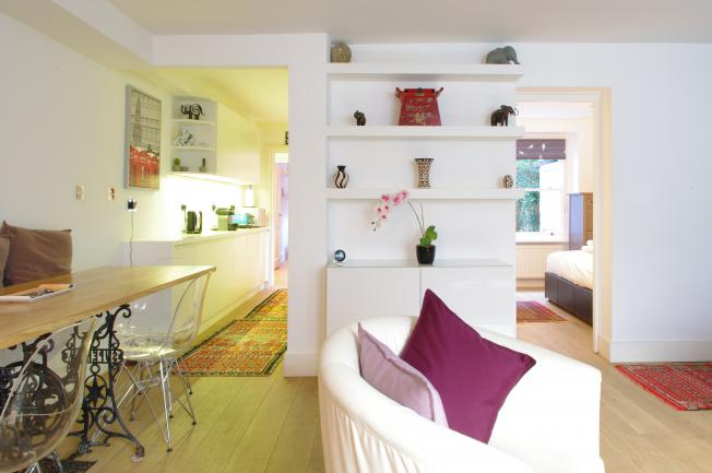 Looking-for-affordable-accommodation-within-Central-London?-why-not-book-our-West-Kensington-Apartment-at-Comeragh-Road.-Call-today-for-great-rates.