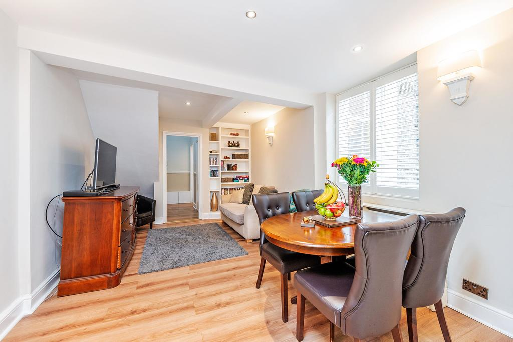 Looking-for-affordable-apartments-in-Kensington-or-Hammersmith?-why-not-book-our-West-Kensington-Shortlets-on-Castletown-Road.-Book-today-for-great-rates.