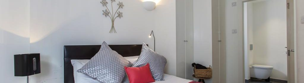Looking for accommodation in West End? we have modern apartments available at our Piccadilly Circus Apartments Panton Street. Call us today for great rates.