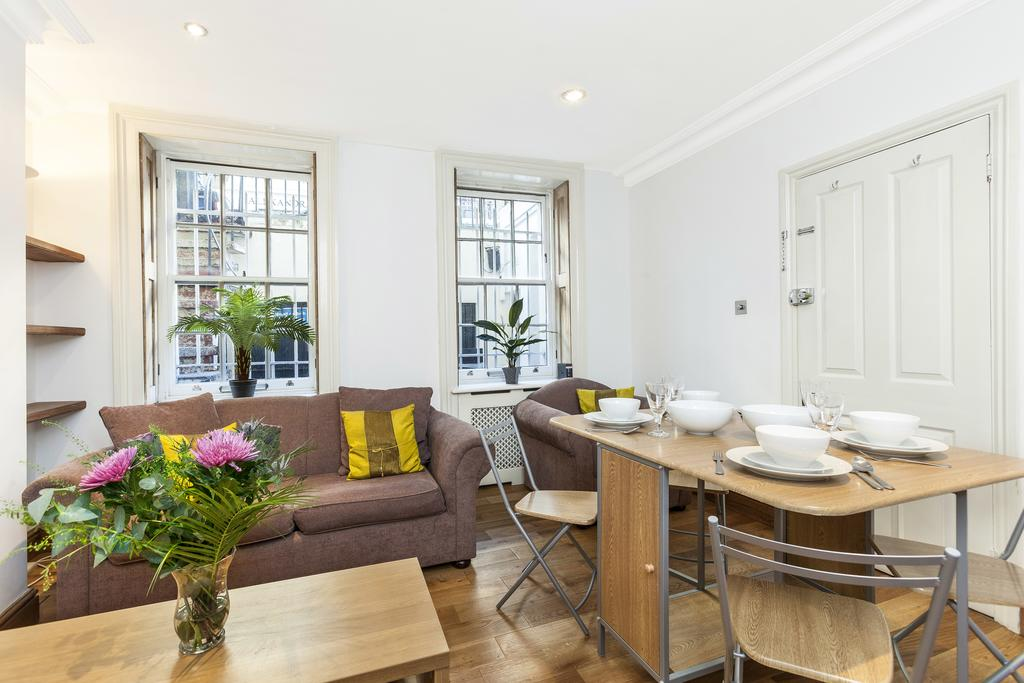 Looking-for-apartments-in-Bayswater-or-Paddington?-why-not-book-our-Paddington-Shortlet-Apartments-Sussex-Place.-Call-Urban-Stay-today-for-great-rates.