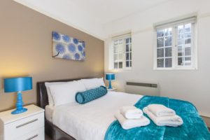 Looking for luxury accommodation in the City of London? why not book our Bishopsgate Shortlet Apartments at White Rose Court. Call today for great rates.