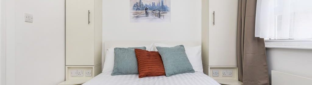 Looking for accommodation in Kings Cross? why not book our lovely Kings Cross Shortstays Apartment in York Way. Call today for great rates.