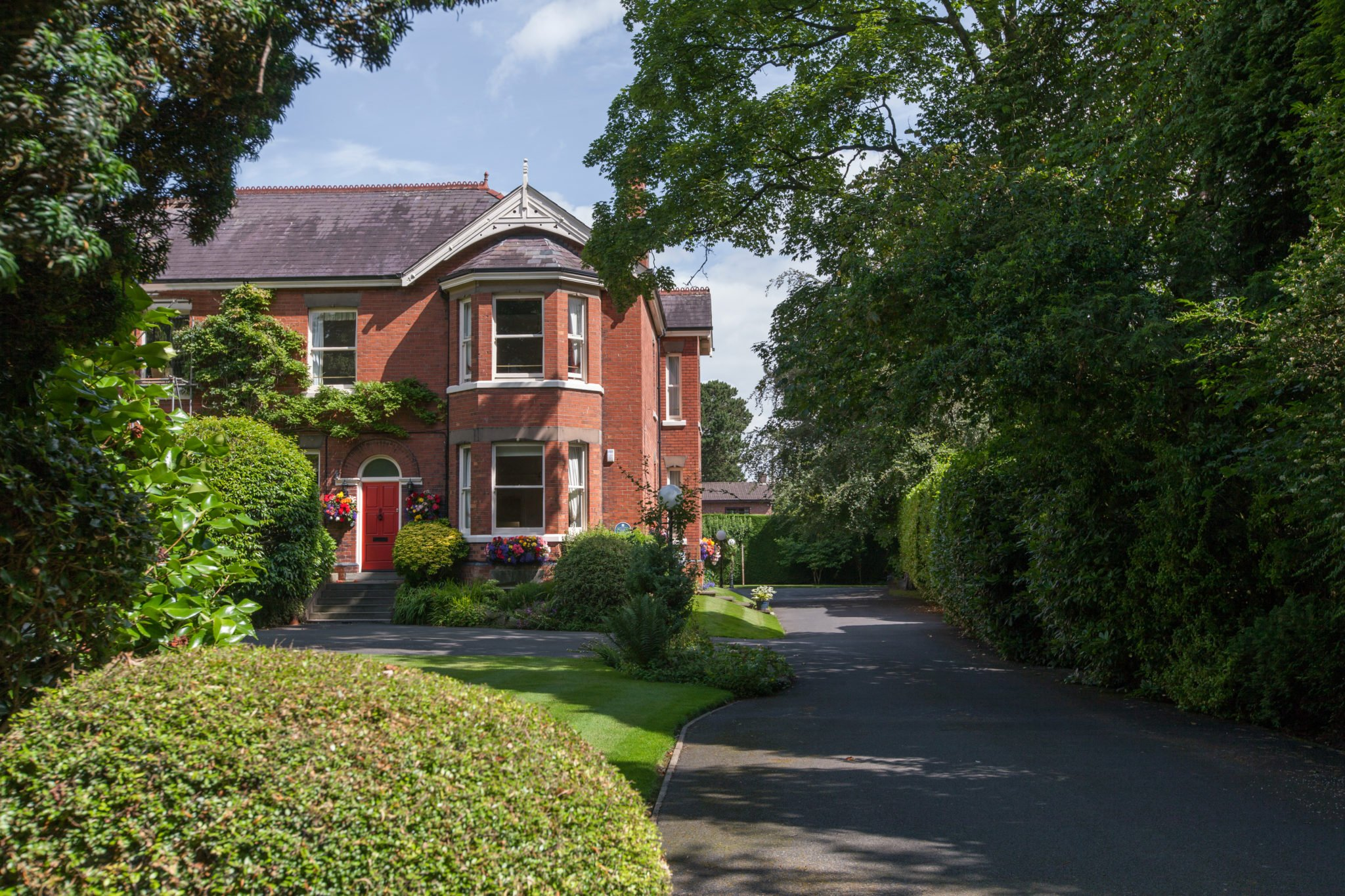 Knutsford-Serviced-Apartments-Cheshire-available-now!-North-England-Serviced-Accommodation-Manchester-Airport---Urban-Stay