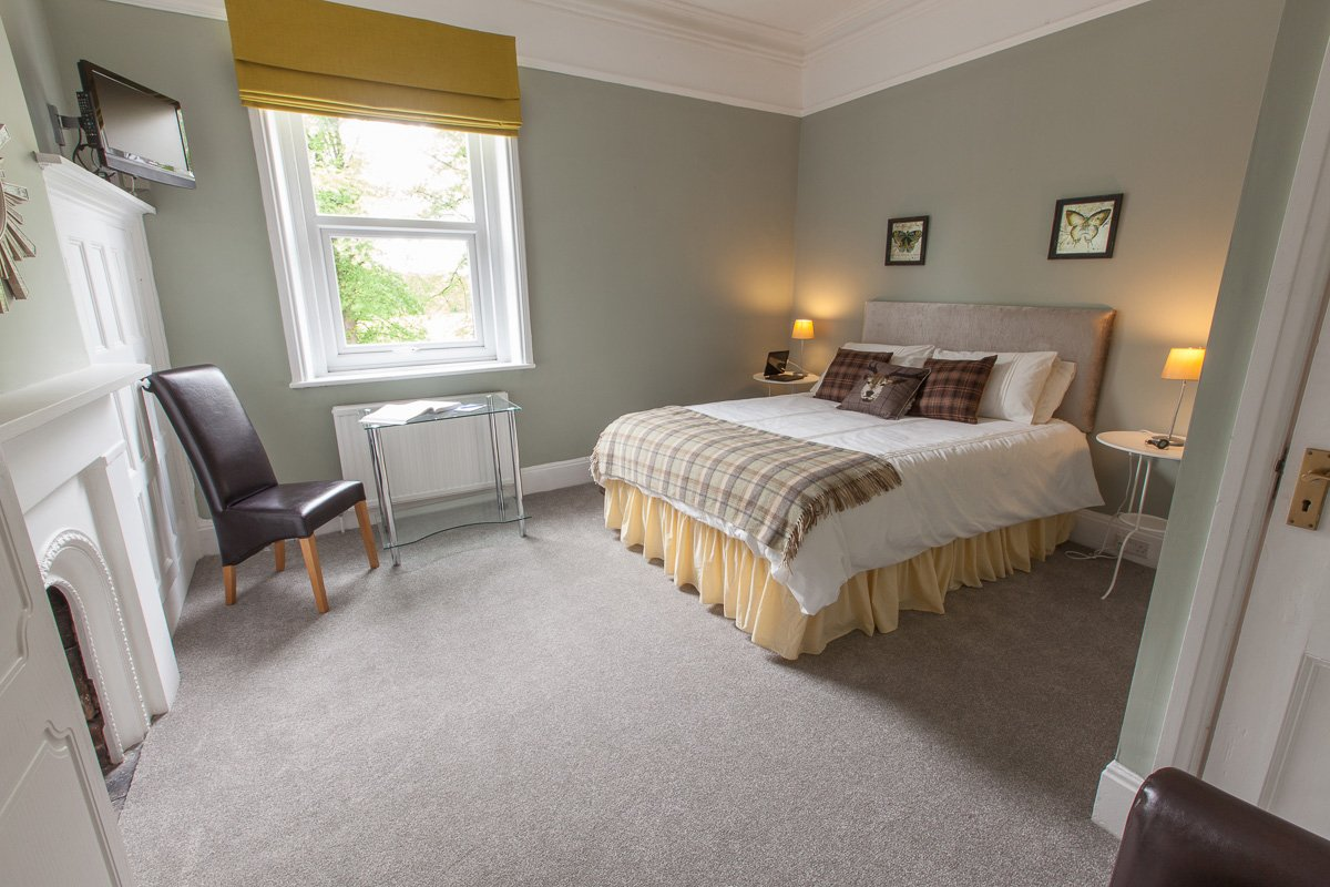 Knutsford-Accommodation-Cheshire-avilable-now!-Book-quality-Serviced-Apartments-near-Manchester-Airport-today!-Low-Rates-Guaranteed---Call:-0208-691-3920-|-Urban-Stay