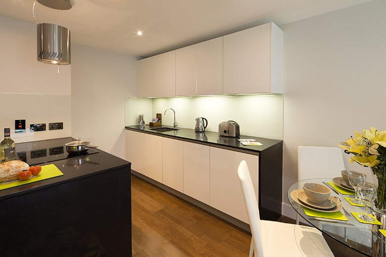 Looking-for-affordable-accommodation-in-London?-why-not-book-our-lovely-Whitechapel-Serviced-Apartments.-Call-today-for-great-rates.