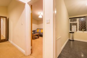 Looking for a cosy apartment in Stevenage? why not book our Stevenage Serviced Apartments at Colestrete House. Call Urban Stay Apartments for great rates.