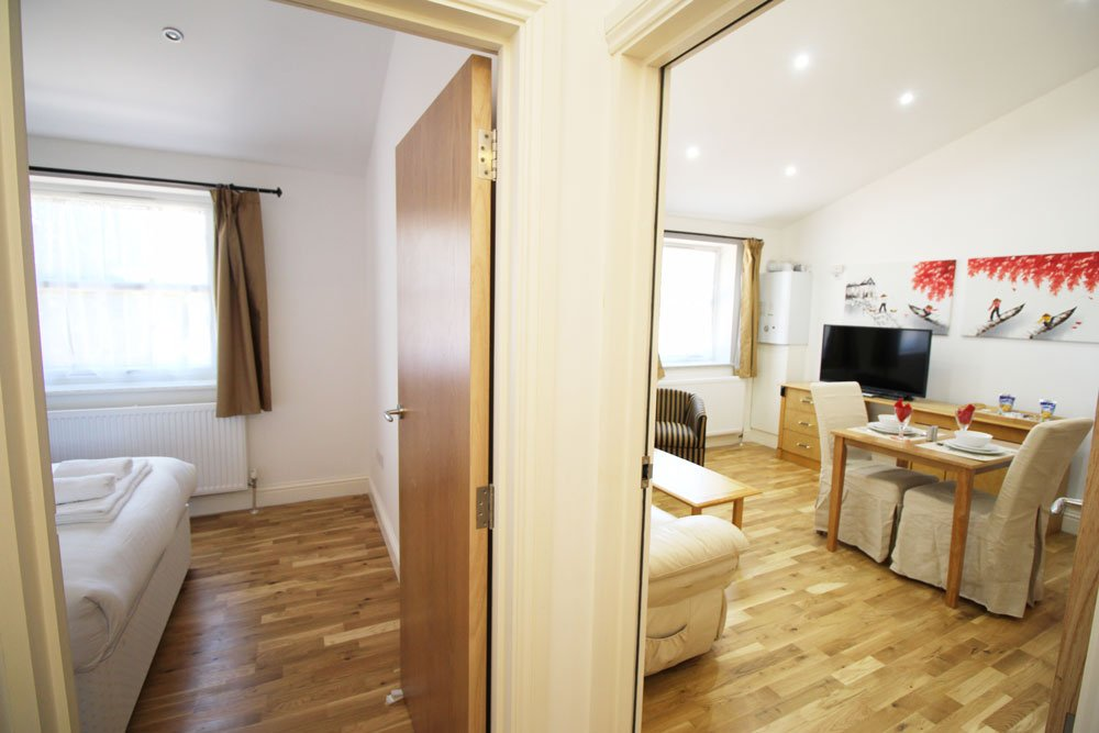 Looking-for-affordable-accommodation-in-Croydon?-why-not-book-our-lovely-Croydon-Serviced-Accommodation-on-Wellesley-Road.-Call-today-for-great-rates.