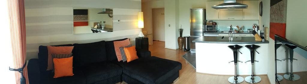 Serviced Accommodation Chelmsford available now! Book Cheap Luxurious Baddow Road Apartments with 24h Reception, Free Wifi & a Flat Screeen TV | Book Now!