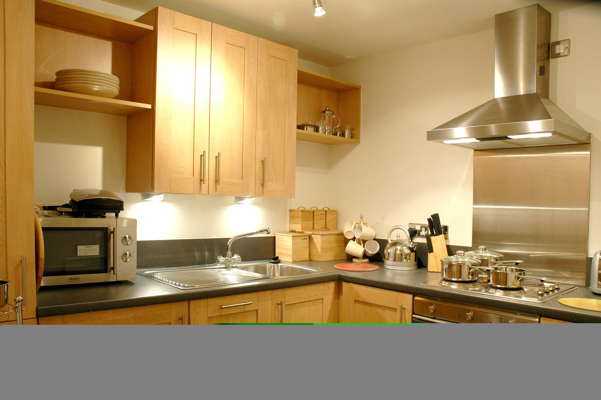 Newcastle-Short-Let-Accommodation-UK-available-Now!-Book-Corporate-Serviced-Apartments-in-North-East-England-today!-Parking,Wifi,-5*-Service,-All-bills-incl-|-Urban-Stay