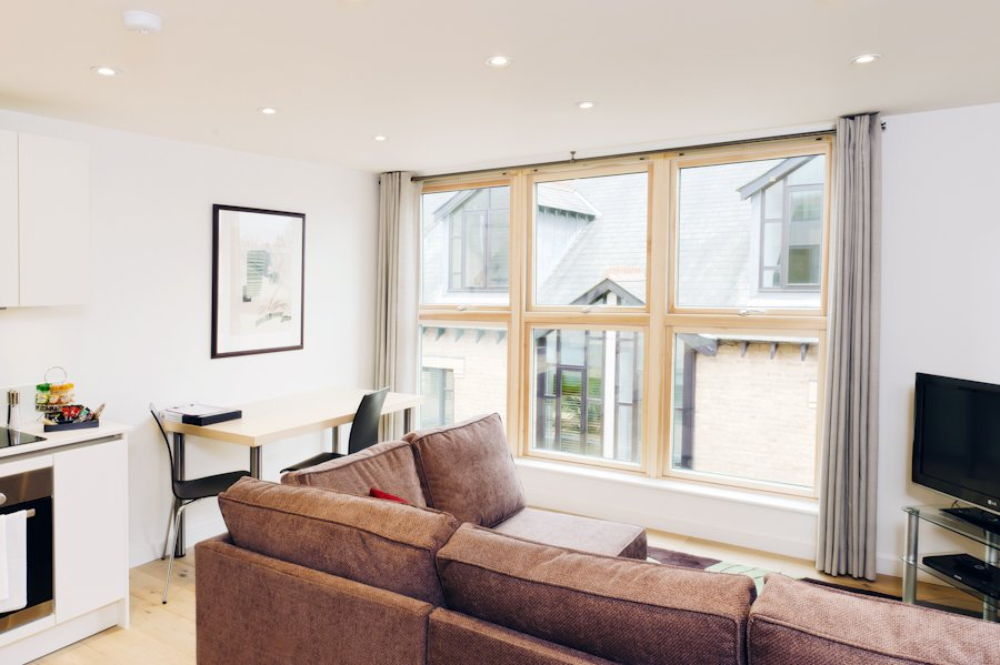 Holiday-Accommodation-Cambridge-available-from-today!-Book-Cambridge-Place-Serviced-Apartments-in-Cambridgeshire-now-for-Short-Lets-&-Relocation!-Free-Wifi- -Urban-Stay