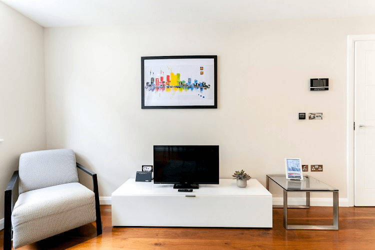 Chancery-Lane-Serviced-Apartments-London-Available-Now-Serviced-Accommodation-In-Central-London-For-Short-Lets-&-Relocation-Urban-Stay-14