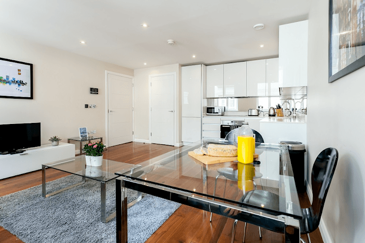 Chancery-Lane-Serviced-Apartments-London-Available-Now-Serviced-Accommodation-In-Central-London-For-Short-Lets-&-Relocation-Urban-Stay-15