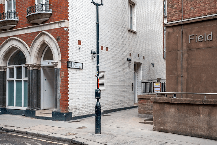 Chancery-Lane-Serviced-Apartments-London-Available-Now-Serviced-Accommodation-In-Central-London-For-Short-Lets-&-Relocation-Urban-Stay-17