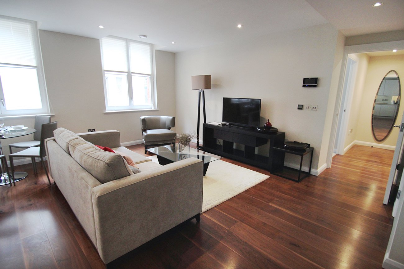 Chancery-Lane-Serviced-Apartments-London-Available-Now-Serviced-Accommodation-In-Central-London-For-Short-Lets-&-Relocation-Urban-Stay-3