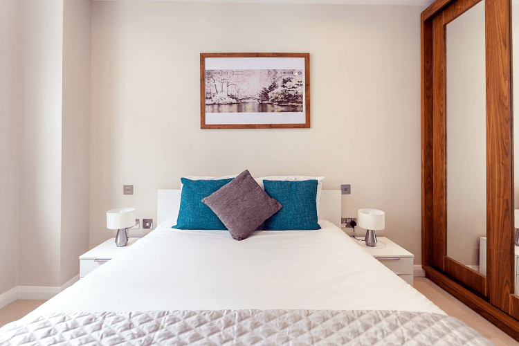 Chancery-Lane-Serviced-Apartments-London-Available-Now-Serviced-Accommodation-In-Central-London-For-Short-Lets-&-Relocation-Urban-Stay-7