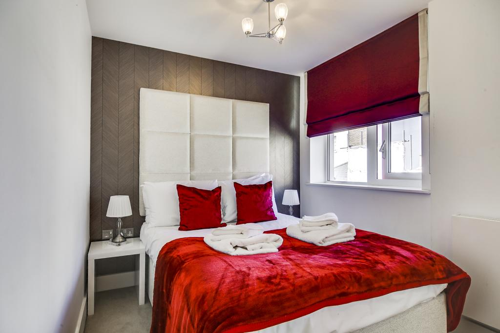 Looking-for-lovely-apartments-in-West-End?-why-not-book-our-lovely-Warren-Street-Corporate-Apartments.-Call-today-for-great-rates.1