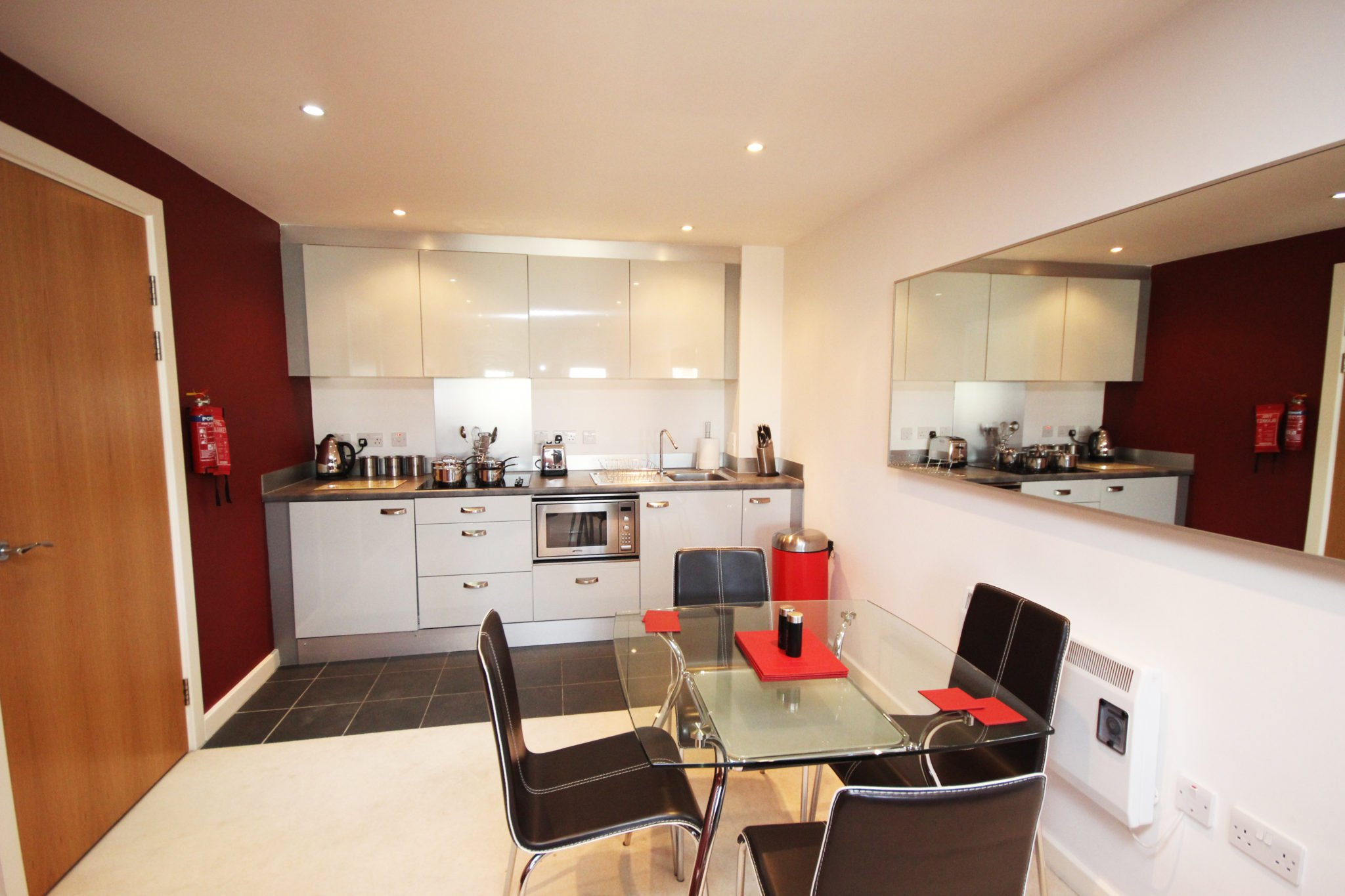 Newcastle-Corporate-Accommodation-UK-available-Now!-Book-Corporate-Serviced-Apartments-in-North-East-England-today!-Parking,Wifi,-5*-Service,-All-bills-incl-|-Urban-Stay