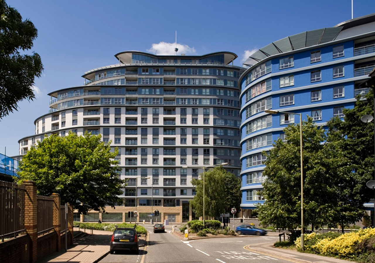 Centrium-Apartments,-Woking,-United-Kingdom