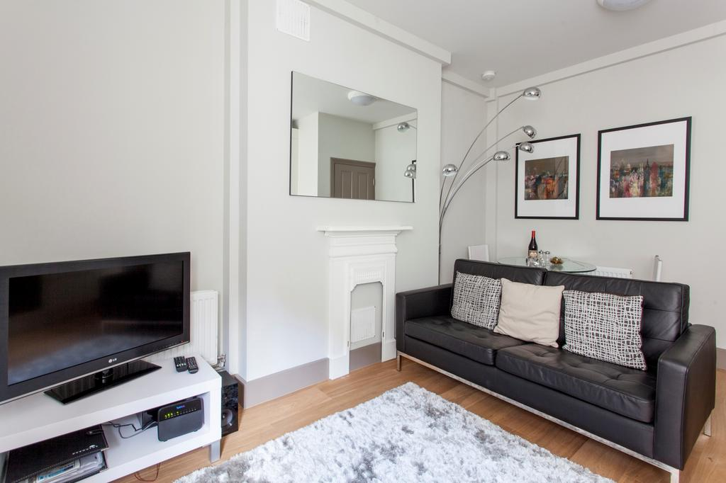 Looking-for-affordable-apartments-in-Central-London?-why-not-book-our-lovely-Goodge-Street-Serviced-Apartments-London?-call-today-for-great-rates.