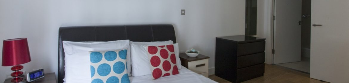 Looking For Lovely Apartments In Aldgate? why not book our lovely Aldgate Corporate Accommodation at Hooper Street? call today for great rates.