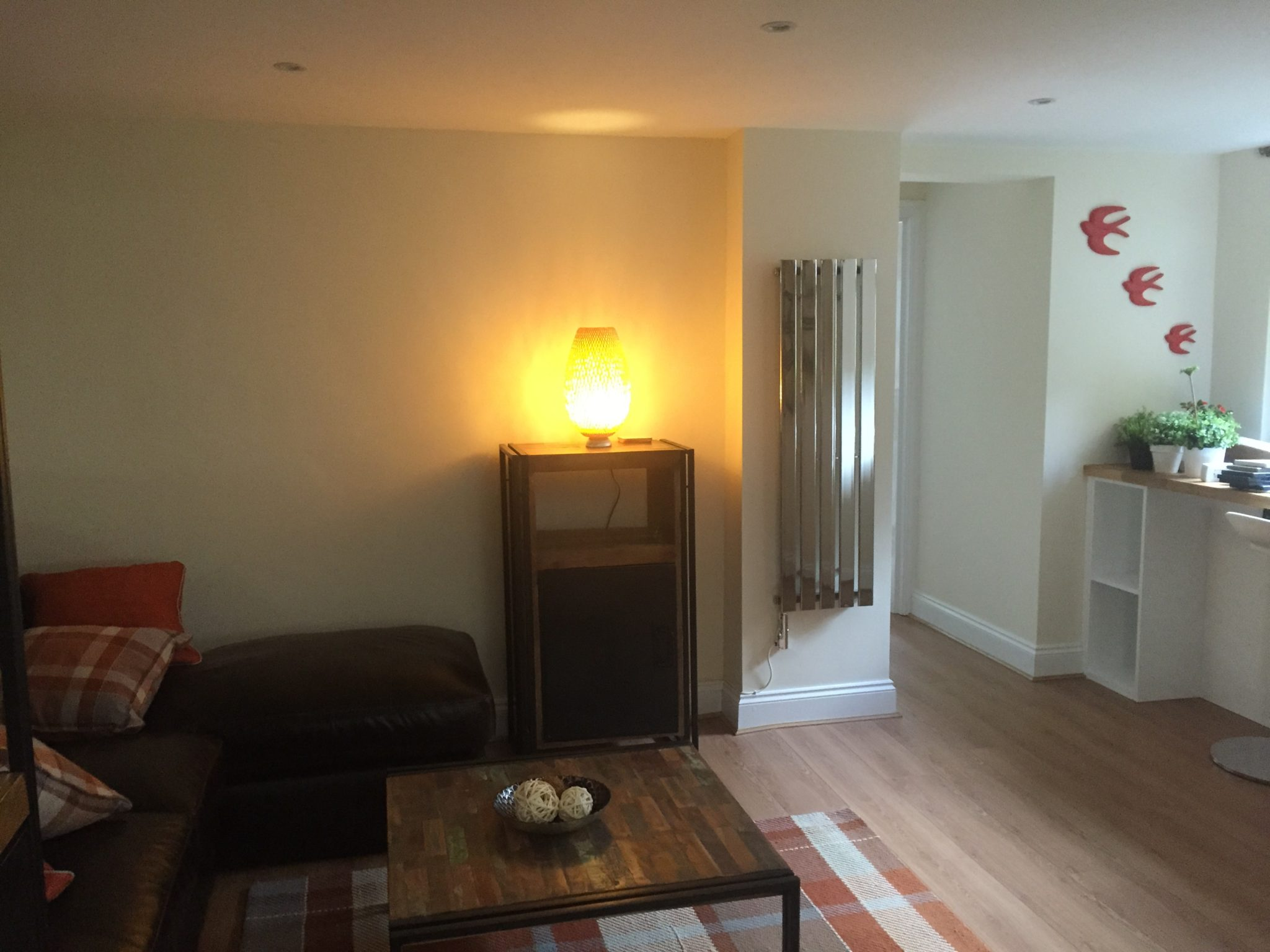 Serviced-Accommodation-Hertfordshire-available-now!-Book-cheap-Short-Let-Apartments-in-the-heart-of-Harpenden-with-24/7-check-in,-Courtyard-Garden-&-Fully-equipped-Kitchen-now!
