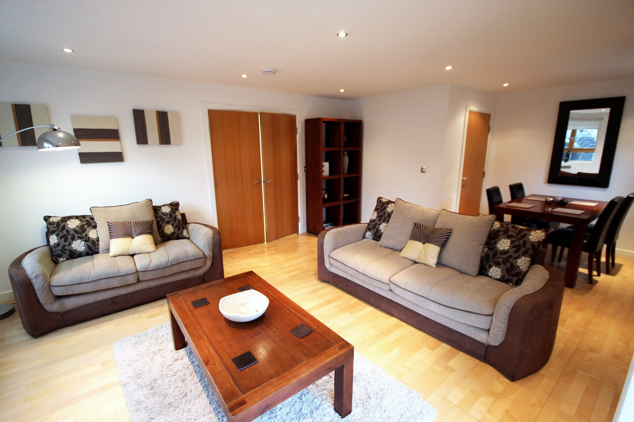 Newcastle Short Lets - Manor Chare Serviced Apartments UK ...