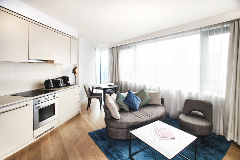 Manchester-Victoria-Accommodation-Serviced-Apartments-Manchester-For-Short-Lets-Relocation-Free-Wifi-+-Sky-Tv-+-Parking-Urban-Stay-12