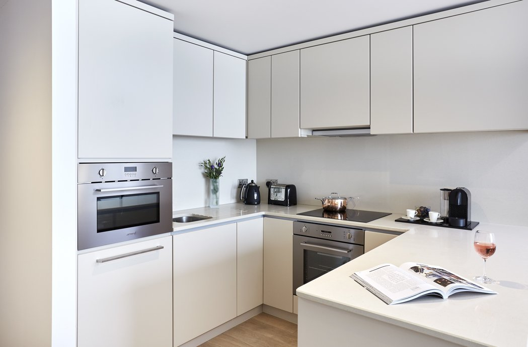 Manchester-Victoria-Accommodation-Serviced-Apartments-Manchester-For-Short-Lets-Relocation-Free-Wifi-+-Sky-Tv-+-Parking-Urban-Stay-13