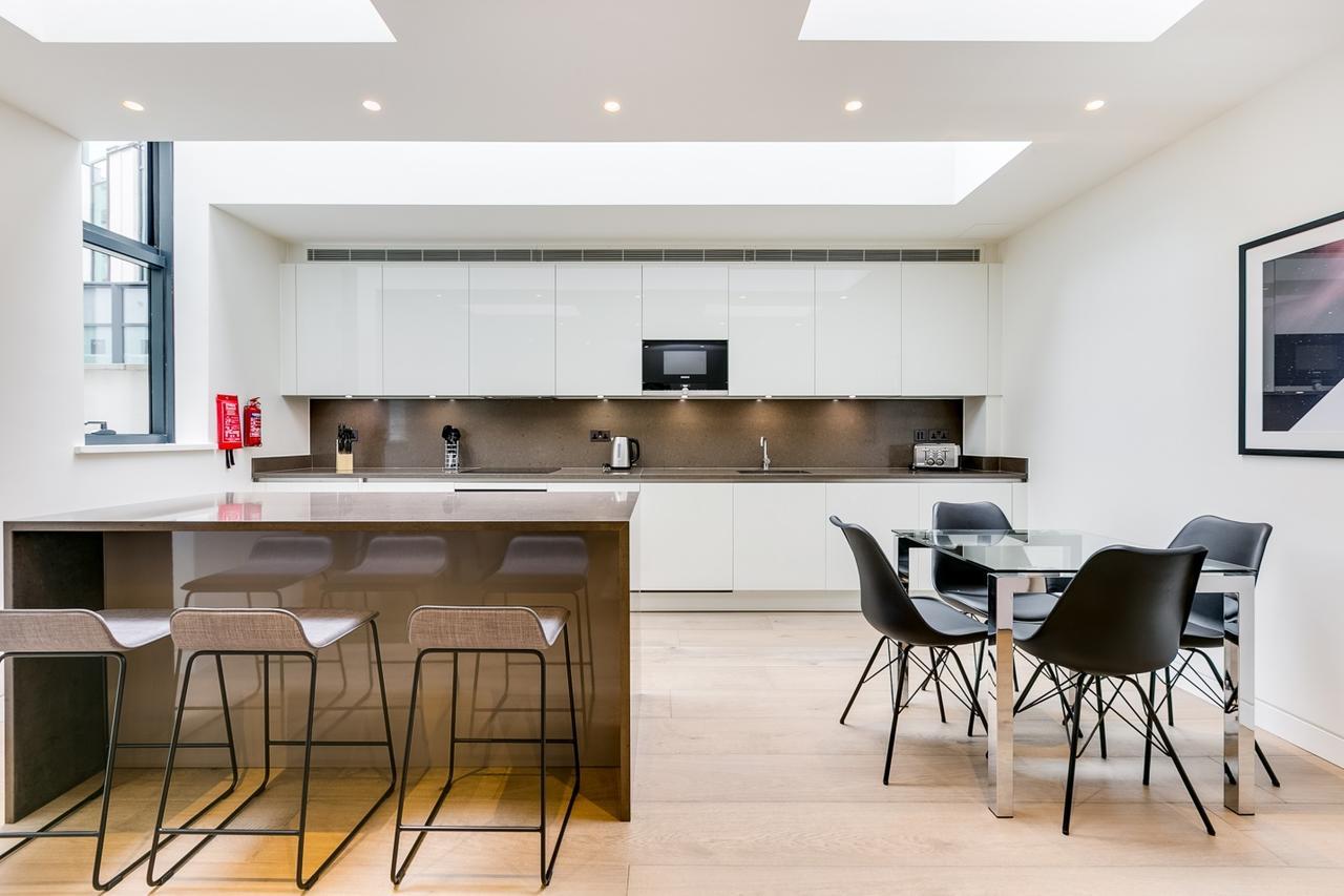 Marylebone-Luxury-Accommodation-Central-London-Serviced-Apartments-Near-Oxford-Street,-Bond-Street-&-Hyde-Park-Urban-Stay-11
